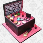 Makeup box wedding cake