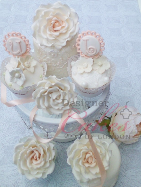 Personalised wedding cupcakes